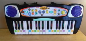 Fisher Price I can Play Piano w/ Dora the Explorer and Scooby Doo games cartridges for Sale in Cedar Hill, TX