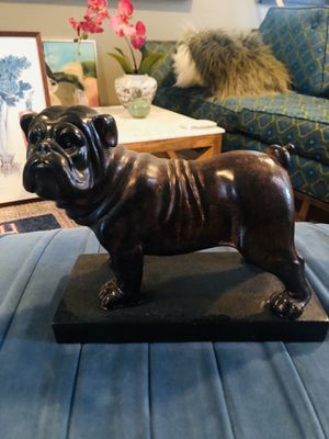 English bulldog statue or bookend for Sale in Colonial Heights, VA