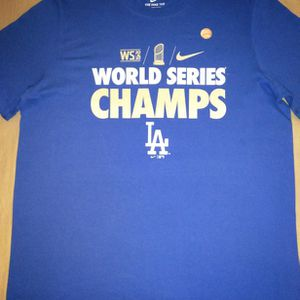 LARGE-Nike Men's 2020 World Series Champions Los Angeles Dodgers Gold T-Shirt for Sale in Long Beach, CA