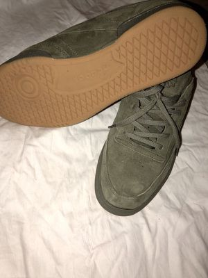 Reebok club sneaker (new) size 12 for Sale in Brooklyn, NY