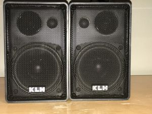 Outdoor/indoor speakers for Sale in Maywood, IL