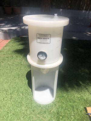 Mini Brew 6.5 gal conical fermenter with stand and plumbing fittings for Sale in Ventura, CA