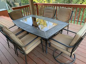 Outdoor patio set for Sale in Everett, WA