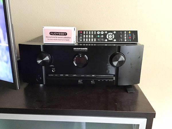Marantz SR 511 look at all the reviews you can buy a brand new one in Amazon right now and Crutchfield for $999 I have one that's in pristine conditi