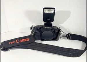 Canon EOCanon EOS 750 35mm slr camera with flash and strap, will ship! for Sale in Agawam, MA