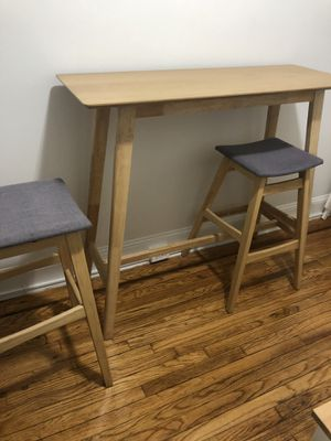 Dining/bar table set (3 pieces) for Sale in Queens, NY
