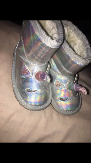 Toddler girl boots size 5c for Sale in Boston, MA