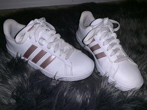 Women's Adidas originals for Sale in Tampa, FL