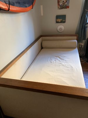 West Elm daybed and mattress for Sale in San Diego, CA