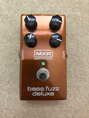 MXR bass fuzz deluxe pedal for Sale in St. Petersburg, FL