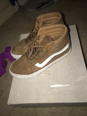 Vans size 7 for Sale in Oxon Hill, MD