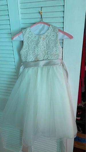 Girls flower girl dress size 5 for Sale in Atlanta, GA