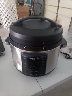 10QT Crock Pot, make a offer. Parts missing. for Sale in Riverview,  FL