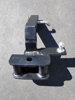 Heavy duty metal hitch for Sale in Everett, WA
