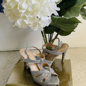 Women Heels Size 7 for Sale in Placentia, CA