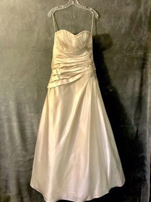 Mori Lee Wedding Dress for Sale in Oceanside, CA
