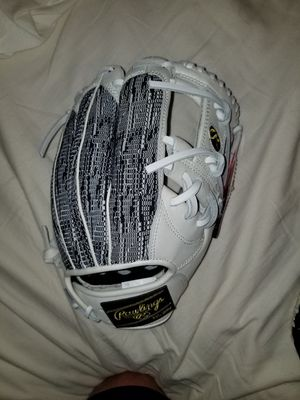 New Rawlings Heart of the Hide Limited Edition 11.75inch for Sale in Norco, CA