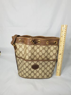 Authentic Gucci bucket bag for Sale in Los Fresnos, TX