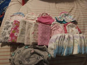 Newborn baby girl clothes for Sale in Moore, TX