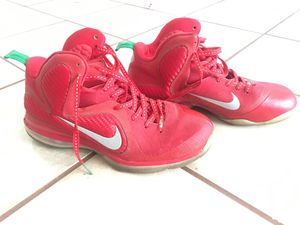 Nike Lebron 9s Christmas edition Size 10.5 (No Box) for Sale in Glendale, AZ