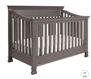 Million Dollar Baby 4 in 1 Convertible Crib and Organic 2 stage mattress for Sale in Tualatin, OR