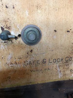 Safe for Sale in St. Petersburg, FL