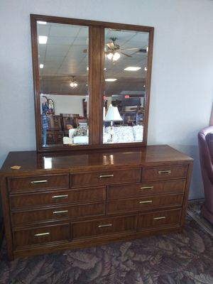 8 Drawer Chest of Drawers with Mirror for Sale in Fort Wayne, IN