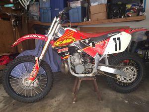 Dirt bike- 97 Honda CR250 2stroke for Sale in Industry, CA