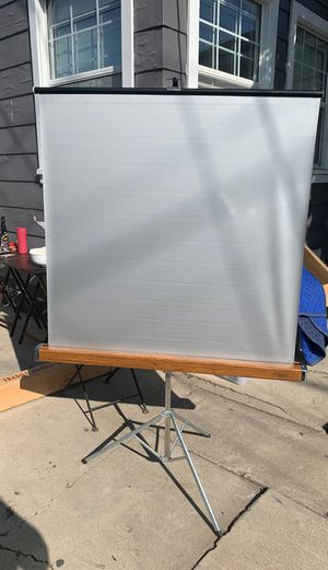 Projector screen for Sale in Spring Valley, CA