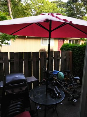 Outside patio furniture in good condition ! for Sale in Portland, OR