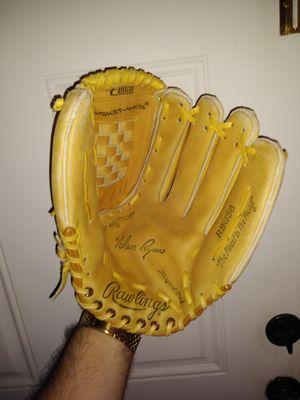 Rawlings Nolan Ryan baseball glove right hand for Sale in Dallas, TX