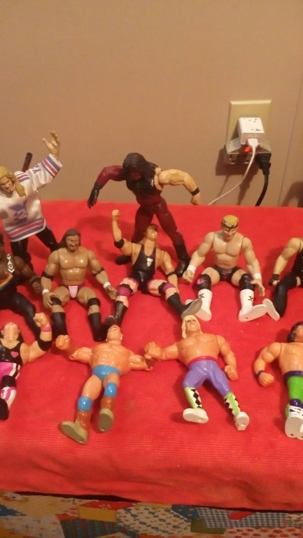 Titan 1991 &1993 WWF and WWE collectors wrestling action figures