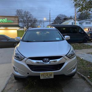 2014 Hyundai Tausan for Sale in Queens, NY