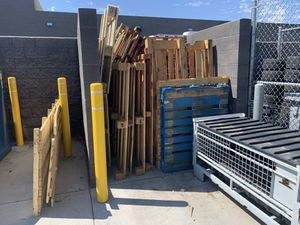 FREE PALLETS for Sale in Gilbert, AZ