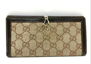 Authentic Gucci checkbook wallet for Sale in Grosse Pointe Park, MI