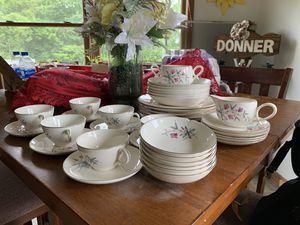 BEAUTIFUL Vintage Royal Monarch China donner set for Sale in Moneta, VA