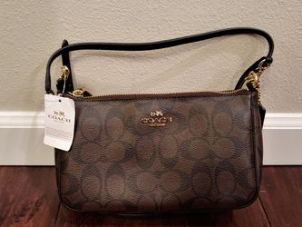 Nwt Authentic Coach Boxed Brown Black Clutch Purse Msrp F37137 for Sale in Normandy Park,  WA