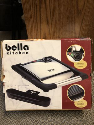 Bella kitchen for Sale in Duluth, MN