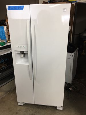 """New side by side refrigerator kenmore white w 33"""" for Sale in West Covina, CA"""