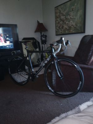Felt fully carbon . Bicycle brand new for Sale in San Jose, CA