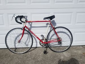 Road bike for Sale in Clearwater, FL