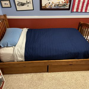 Twin Captain's Bed With Two Drawer Storage for Sale in Kirkland, WA