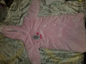 New car seat swaddler blanket for Sale in Knoxville, TN