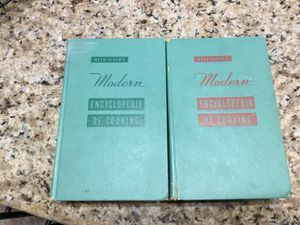 Vintage Meta Given's Modern Encyclopedia of Cooking, Vol 1 & 2, 1955 for Sale in Las Vegas, NV