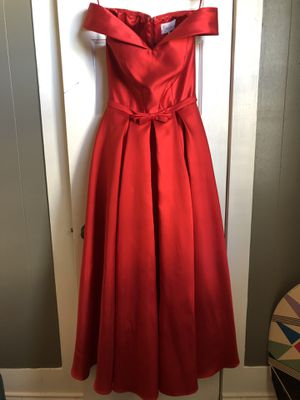 Red formal dress for Sale in San Angelo, TX