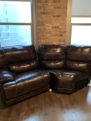 6 PIECE LEATHER WRAP AROUND COUCH for Sale in Chicago, IL