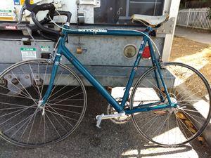 1989 Cannondale road bike for Sale in Covina, CA