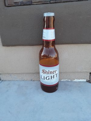 Shiner Light inflatable bottle balloon. for Sale in YSLETA SUR, TX