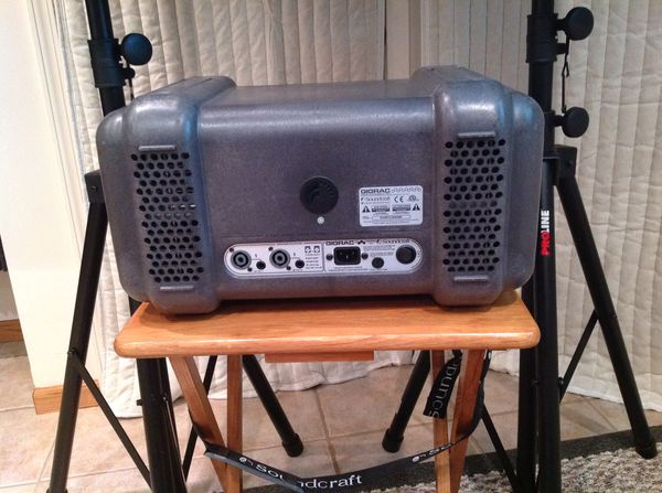 Pro Audio- Soundcraft GigRac 1000 watt mixer with JBL JRX 115's with Stands and Cables