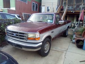Ford F-250 pick up with hitch tow efi engine for Sale in Washington, DC